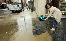 «En Twitter han colgado fotos, pero nadie nos ha avisado de la inundación»