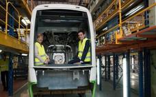 CAF construye los tranvías «extralargos» que en otoño comenzarán a circular por Vitoria