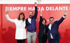 Calvo pide en Donostia rematar el domingo «la pacífica revolución de la política» iniciada el 28-A