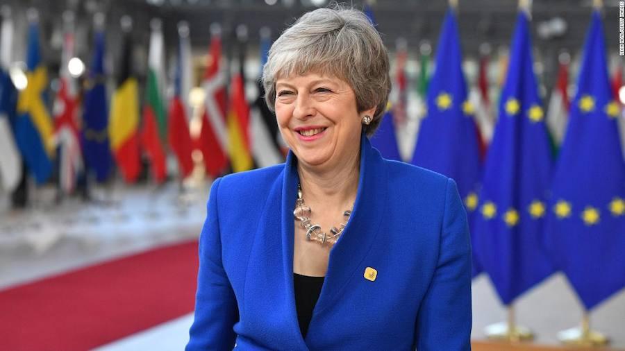 Reino Unido avanza hacia revocar el 'brexit' o marcharse sin acuerdo