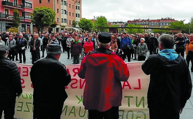 Los pensionistas exigen a los candidatos pensiones públicas «dignas»