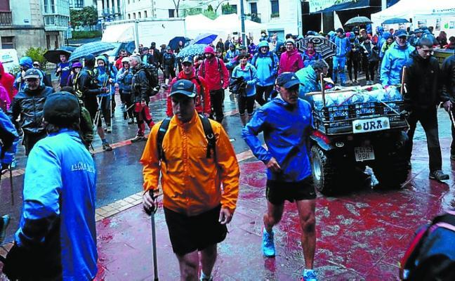 La marcha Beitia citó a medio millar de montañeros