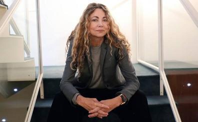 El épico «monumento a la mujer» de Ángela Becerra