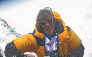 Iñigo Castiñeyra, cima en el Lhotse