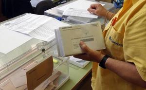 15.605 guipuzcoanos ya han votado por correo para las europeas, forales y locales