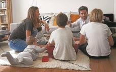 Trivial y juegos de construcción con la familia