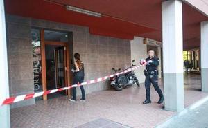 Detenido el presunto homicida de una mujer que fue asaltada en su portal por dos jóvenes en Vitoria