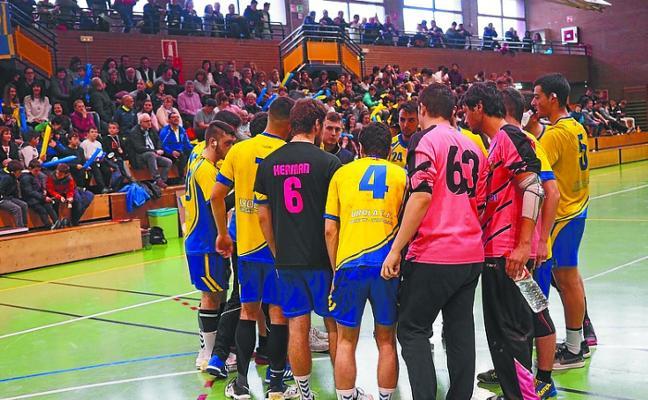 El Urola de balonmano se juega el ascenso a Primera territorial en Andoain
