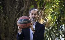 Ignacio Núñez: «Lo normal es que juguemos en LEB y tenemos que llegar a todas las esquinas de Gipuzkoa»