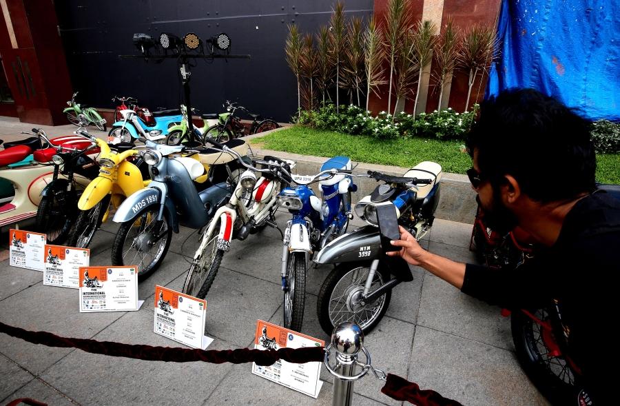 Reunión de motocicletas antiguas