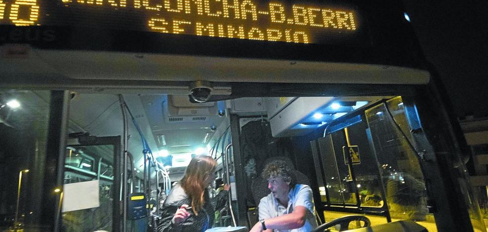 Nueve personas al mes utilizan de media el servicio de paradas a demanda de Dbus