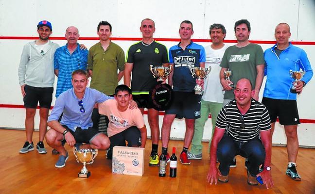 Kinin Calvo se adjudicó la gran final del XXXI torneo social de squash