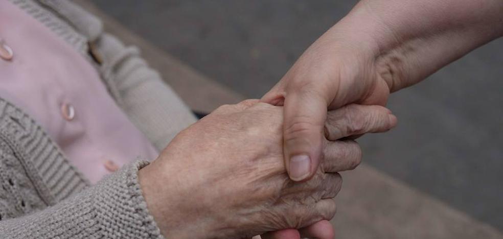 La afiliación de cuidadores no profesionales crece un 870% en Euskadi con la nueva norma