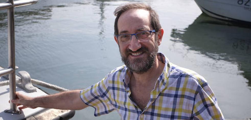 Ángel Borja: «Los restos de los fármacos en nuestra orina son una de las grandes amenazas para el mar»