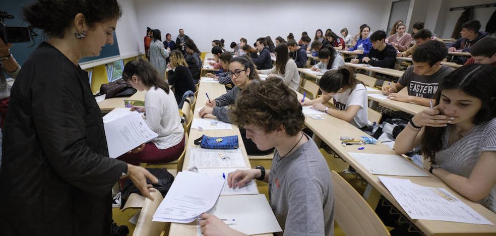 «El texto de Anjel Lertxundi ha sido fácil, pero con Matemáticas se han pasado»