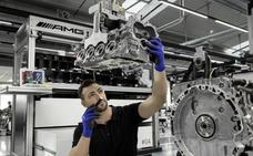 El motor Mercedes de cuatro cilindros más potente se monta a mano