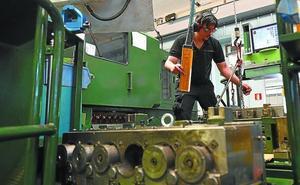 El sector vasco de componentes 'bendice', con cautelas, las grandes fusiones en automoción