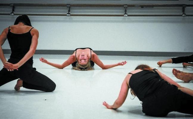 'Atalak 2.0', una cantera de bailarines que busca deslumbrar en Vitoria