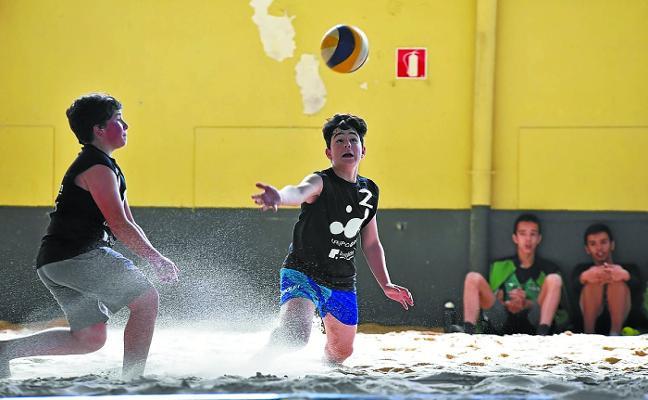 Tolosa acogió con éxito el Campeonato de Euskadi de voley sub-17