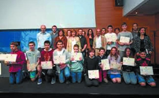 Martín Aznar y Nerea Isusi, premiados en las Olimpiadas de Matemática