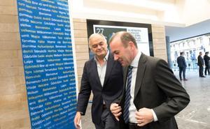 González Pons inaugura la reunión del Partido Popular Europeo (PPE) en San Sebastián