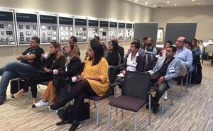 Veinte arquitectos de Oriente Medio visitan empresas guipuzcoanas del mueble, cerramiento e iluminación