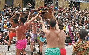 Las fiestas de Pentecostés se despidieron entre danza y humor