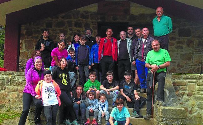 Salida de fin de curso de Izadi zaleak a Lakiola