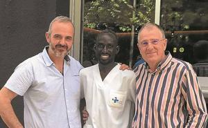 Juan Querejeta y Aitor Lizarza: «Lo que aquí se cura pronto, allí es un grave problema de salud»