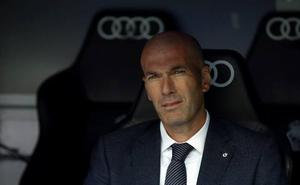 Zidane, de visita por las calles del centro de San Sebastián