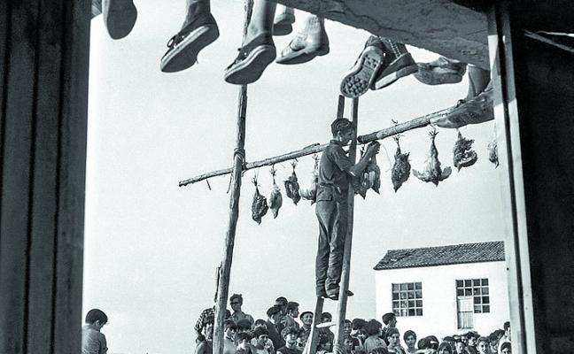 Viaje en blanco y negro a La Rioja, de la mano del fotógrafo Teo Martínez
