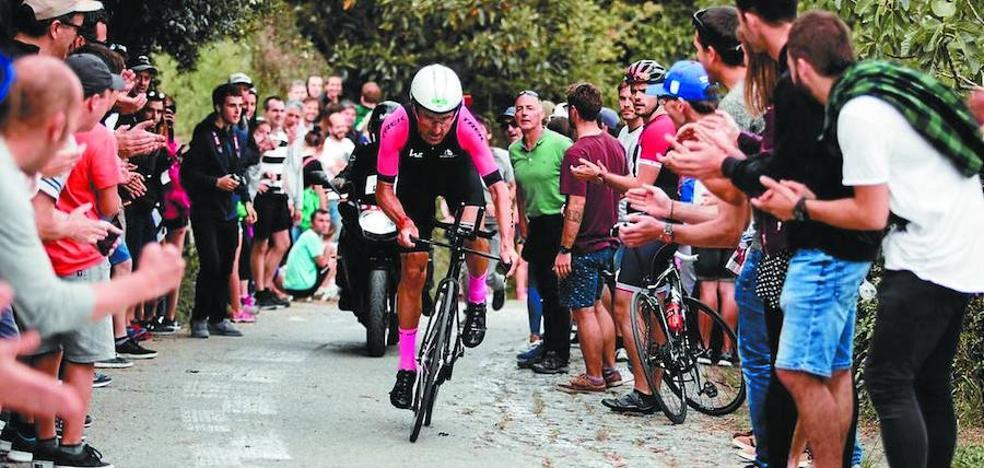 Haimar Zubeldia, un debutante en triatlón que va en moto
