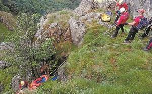 Un montañero irunés ha sido evacuado en helicóptero tras sufrir una caída en Peñas de Aia