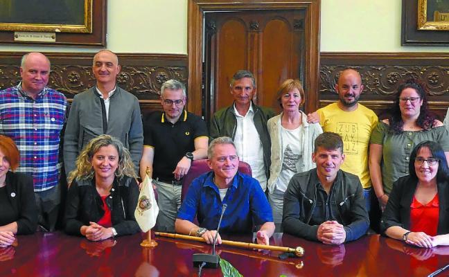 Jon Luqui, reelegido alcalde en la nueva legislatura en una sesión sin sorpresas