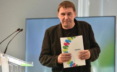 EH Bildu prevé fijar la próxima semana una posición común con ERC para la investidura de Sánchez
