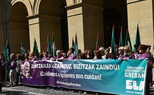 Comienza la huelga de 26 días de las trabajadoras de las residencias