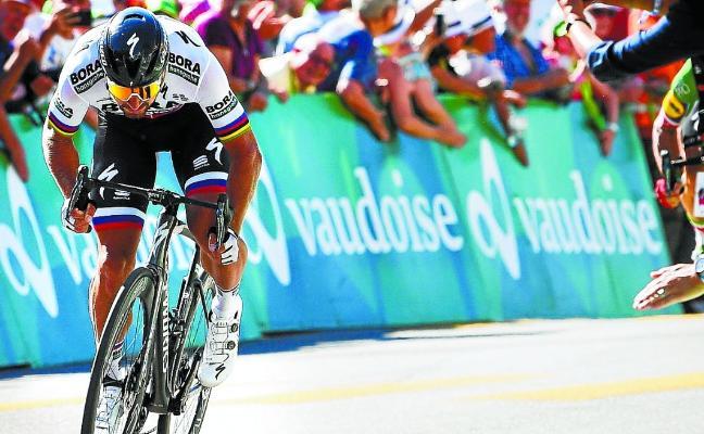 Sagan mete codos para llegar en la mejor posición al Tour