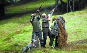 El Convenio de Caza Mayor, el mayor obstáculo para llegar a un acuerdo entre cazadores y la Diputación