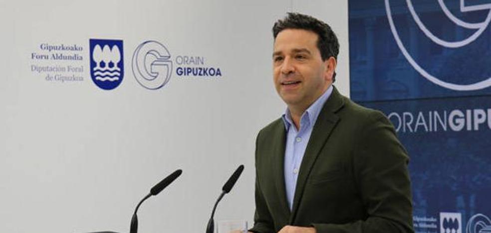 Los jeltzales insisten en gestionar más áreas en la Diputación que comienza a negociar hoy con los socialistas