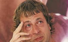 El pasaitarra Urko Otegi abandona el Palencia Basket entre lágrimas