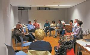 Los clubes de lectura son las actividades más participativas de la biblioteca en Eibar