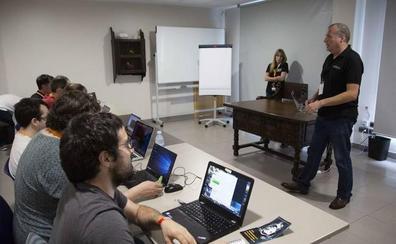 Una veintena de hackers participarán en el congreso de ciberseguridad 'EuskalHack' en Donostia
