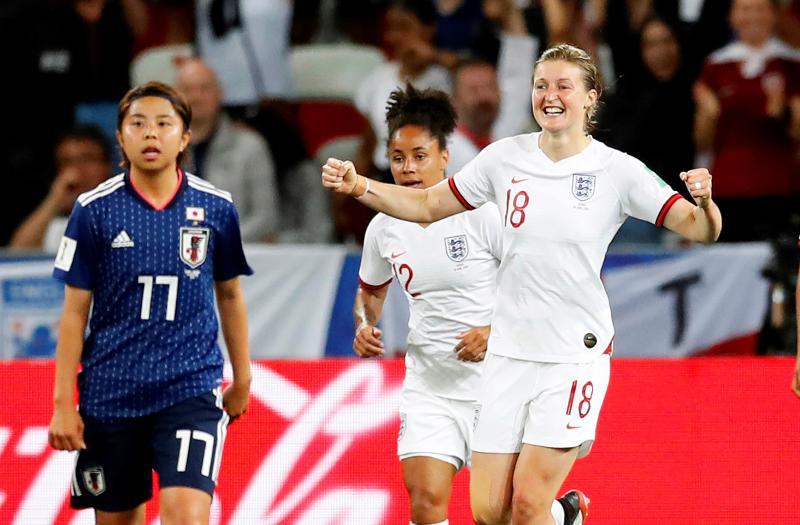 Inglaterra vence 2-0 a Japón y termina líder de grupo