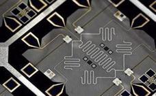 Un equipo de investigadores logra comunicar a distancia dos ordenadores cuánticos en rango de microondas