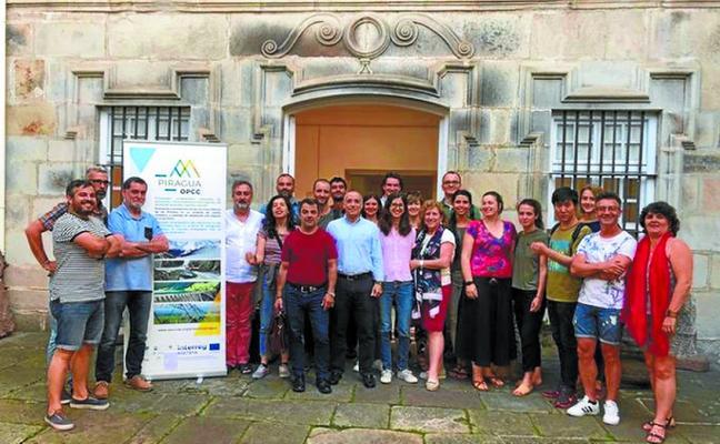 Los Pirineos y el agua, a debate en el proyecto Piragua