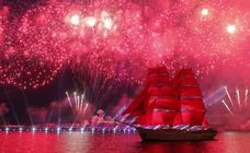 Celebración de 'Velas Escarlatas' en San Petesburgo