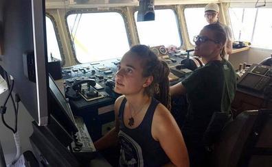 Italia intercepta y aborda el barco de rescate de migrantes 'Sea-Watch 3'