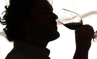 La UPV diseña un sistema para detectar fraudes enológicos sin descorchar la botella de vino