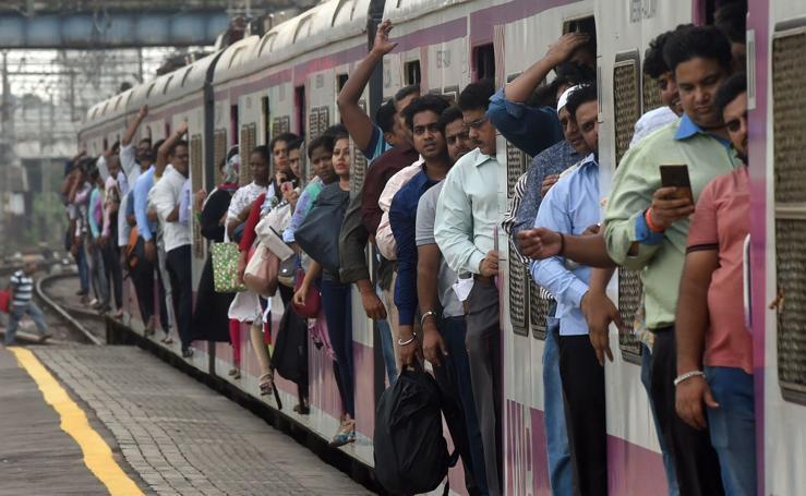La odisea de viajar en tren por la India