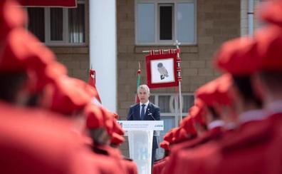 Urkullu fija la renovación generacional de la Ertzaintza como un objetivo «de primer orden» para su Gobierno